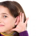 La pérdida de audición en los niños condiciona su desarrollo.